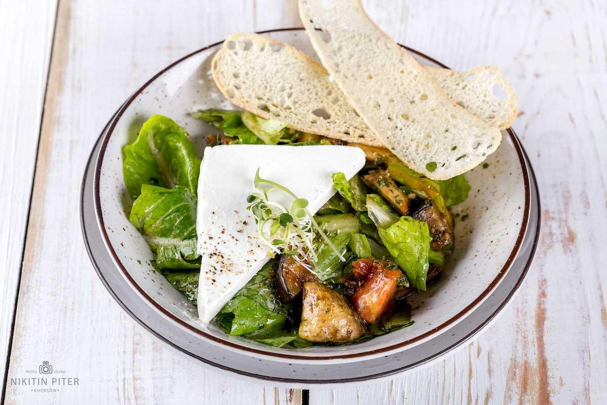 Салат з гриль овочами